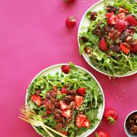 Strawberry-Arugula-Salad-with-Hemp-Seeds-and-Brown-Sugar-Pecans-Healthy-quick-and-satisfying-recipe-salad-strawberry-healthy-vegan-glutenfree-minimalistbaker